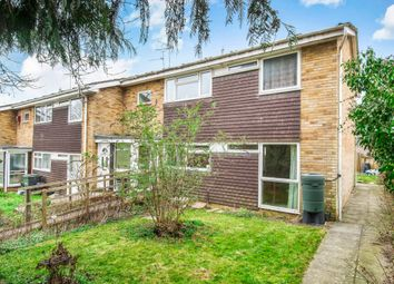 Thumbnail 2 bedroom flat for sale in Wren Close, Alton