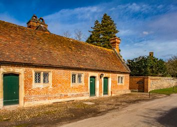 Thumbnail 3 bed cottage to rent in 1 The Almshouses, Mapledurham