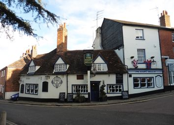 Thumbnail Pub/bar for sale in Park Street, Hertfordshire: Old Hatfield