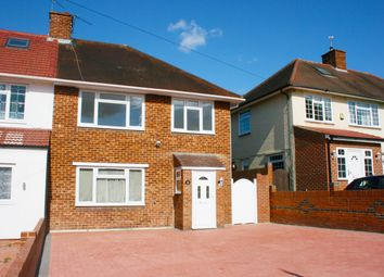 Thumbnail 3 bed property to rent in Clewer Hill Road, Windsor