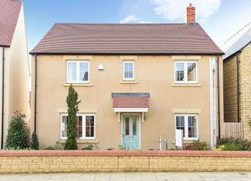 Thumbnail 4 bed detached house to rent in Kingsmere, Bicester