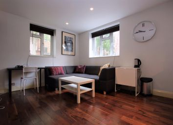 Thumbnail 1 bed flat to rent in Greenwood House Rosebery Avenue, London