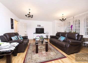 1 bed property to rent in Princess Park Manor, Royal Drive, London N11