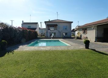 Thumbnail 4 bed property for sale in Pineuilh, Dordogne, France