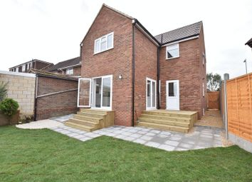 Thumbnail 4 bed detached house for sale in Abbey Drive, Luton