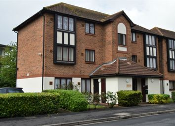 Thumbnail 1 bedroom flat for sale in Raglan Close, Hounslow, Greater London