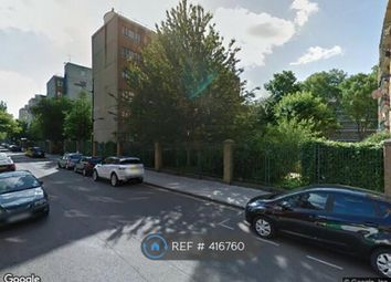 Thumbnail 3 bed flat to rent in Gatesden, London