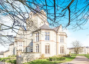 Thumbnail 2 bed flat for sale in Kingsley Avenue, Stotfold, Hitchin