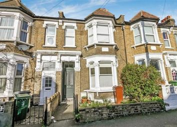 Thumbnail 2 bed flat to rent in Orford Road, London