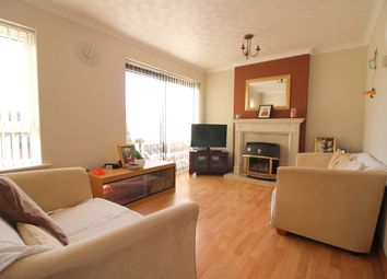 Thumbnail 4 bedroom town house for sale in Marsom Grove, Luton