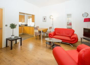 Thumbnail 2 bedroom property for sale in Gainsborough House, Canary Wharf