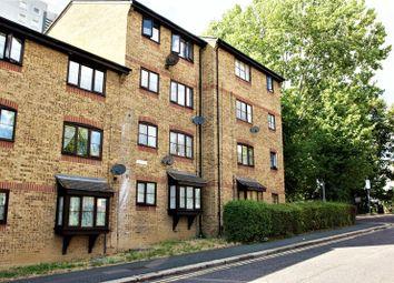 Thumbnail 1 bed flat to rent in Bridge Road, Grays