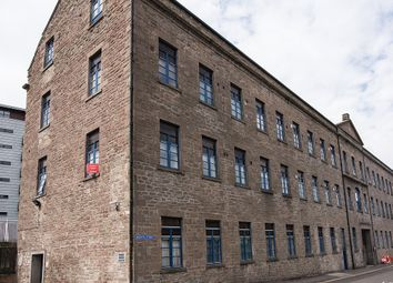 Thumbnail 2 bed flat to rent in Brown Street, Dundee