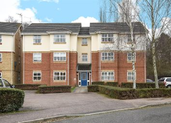 Thumbnail 2 bed flat for sale in Evensyde, Watford