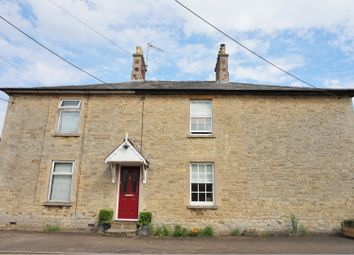 Thumbnail 3 bed cottage for sale in East Street, Bicester