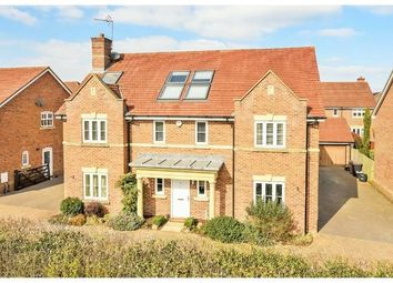 Thumbnail 6 bed detached house for sale in Monarch Drive, Reading