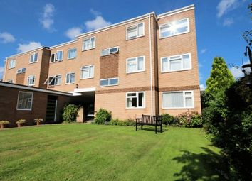 Thumbnail 2 bedroom flat to rent in Victoria Road, Netley Abbey, Southampton