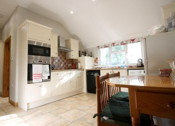 Thumbnail 2 bedroom detached house to rent in Bonfire Hill, Southwater, Horsham