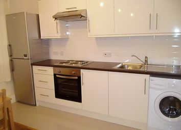 Thumbnail 4 bed flat to rent in Statham House, Stockwell / Wandsworth