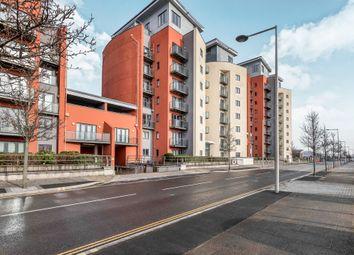 Thumbnail 2 bed flat for sale in Kings Road, Swansea