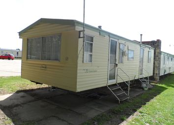 Thumbnail 1 bed mobile/park home for sale in London Road, Clacton On Sea