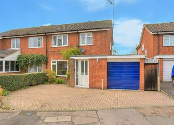 Thumbnail 3 bed property to rent in Maplefield, St Albans, Herts