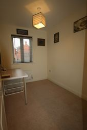 Thumbnail 1 bedroom semi-detached house to rent in Oakwood Way, Top Floor Right, Oxford, Cumnor Hill, Oxfordshire