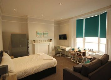 Thumbnail Room to rent in Western Street, Brighton
