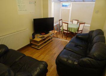 Thumbnail 5 bed terraced house to rent in Howden Place, Hyde Park