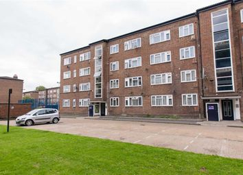 Thumbnail 4 bed flat to rent in Beech Avenue, London