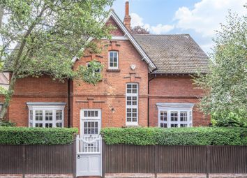 Blenheim Road, London W4. 3 bed detached house