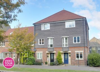 Richards Field, Chineham, Basingstoke RG24. 4 bed town house