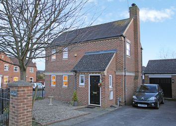 3 bed detached house for sale in Egypt Way, Fairford Leys HP19