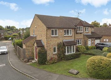 3 bed detached house for sale in The Lilacs, Wokingham, Berkshire RG41