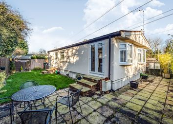 Thumbnail 2 bed mobile/park home for sale in Meadow Close, Bricket Wood, St. Albans