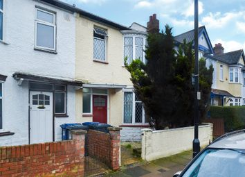 3 bed end terrace house for sale in Montague Avenue, London W7