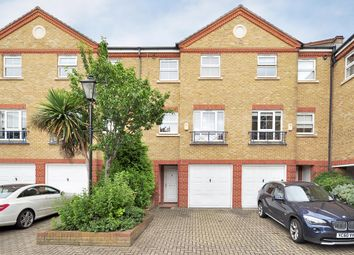 Thumbnail 4 bed town house to rent in Malthouse Drive, London