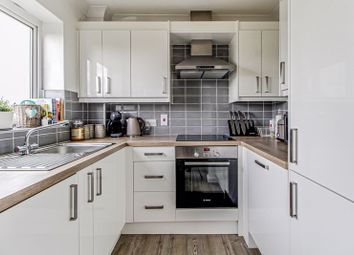 Thumbnail 1 bed flat for sale in Crown Rise, Watford