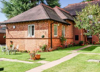 2 bed semi-detached bungalow for sale in Catherines Close, Solihull B91