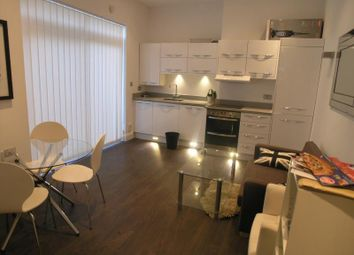 Thumbnail 2 bed flat to rent in Sunningfields Road, Hendon