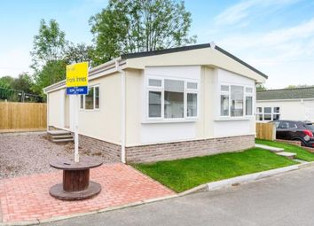 Thumbnail 2 bed mobile/park home for sale in Sunningdale Park, New Tupton, Chesterfield, Derbyshire