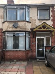 Thumbnail 2 bed flat to rent in Blundell Road, Luton