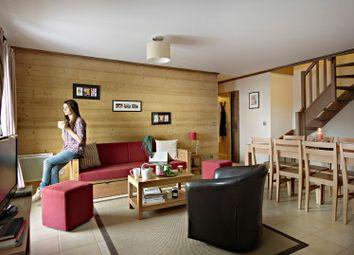 Thumbnail 2 bed apartment for sale in Residence Le Ruitor La Bataillette 73640, Sainte-Foy-Tarentaise, Bourg-Saint-Maurice, Albertville, Savoie, Rhône-Alpes, France