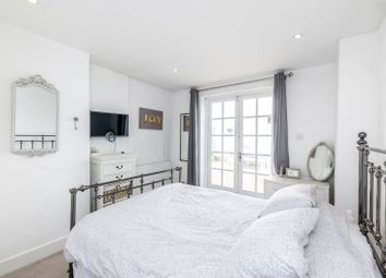 Thumbnail 2 bed flat to rent in Saltram Crescent, Maida Hill