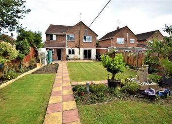 Thumbnail 5 bed detached house for sale in Grange Close, Hemel Hempstead, Hertfordshire