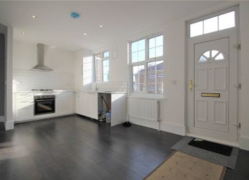 Thumbnail 3 bed flat to rent in Bellegrove Road, Welling, Kent
