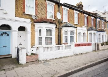 Thumbnail 2 bed flat to rent in Millfields Road, Clapton