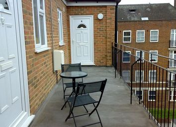 Thumbnail 3 bed flat to rent in Bethnal Green Road, London