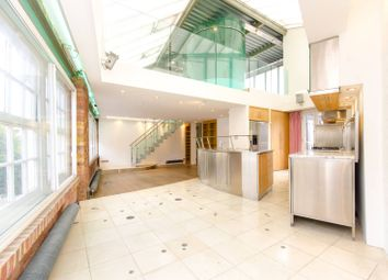 Thumbnail 2 bed flat for sale in Clerkenwell Road, Clerkenwell, London