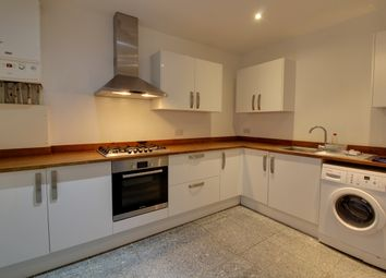 Thumbnail 3 bed flat to rent in Richmond Avenue, Southend-On-Sea